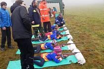 Hra Plamen dala dětem na blátě zabrat