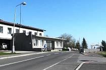 BÝVALÁ celnice slouží jako sídlo obecního úřadu.