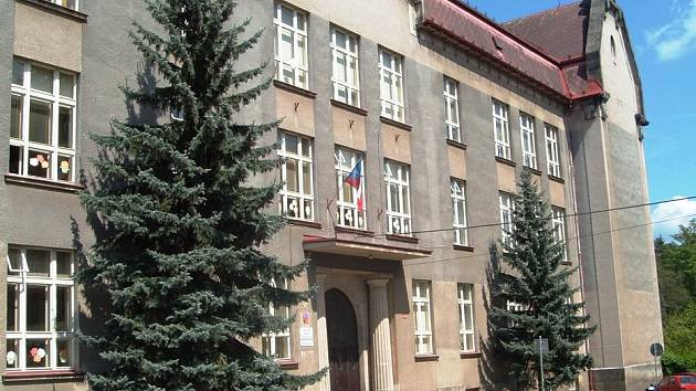 Základní škola Schulzovy sady, Dvůr Králové