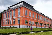Zámek v Lomnici nad Popelkou