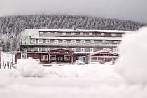 Ve Špindlerově Mlýně v úterý 12. května napadl sníh.