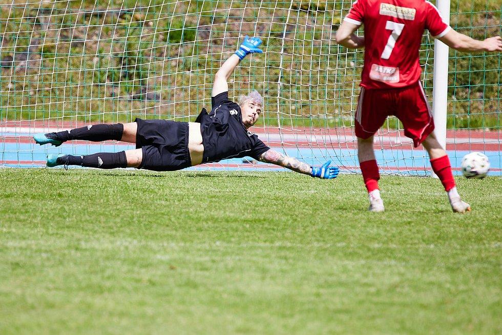 Fotbalisté Trutnoova porazili Nový Bydžov.