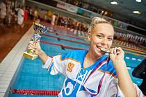 Před měsícem takto Martina Elhenická slavila svůj pátý triumf na Velké ceně města Trutnova v plavání. Teď má další důvod k dobré náladě. Díky výkonu v Záhřebu se podívá na mistrovství Evropy.