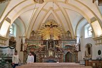 V Trutnově začala turistická sezona u památníku generála Gablenze a Janské kaple.