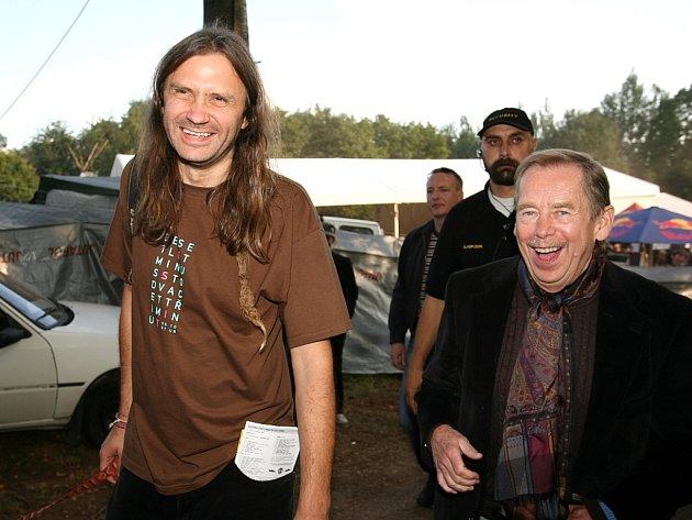 Martin Věchet (vlevo) s Václavem Havlem