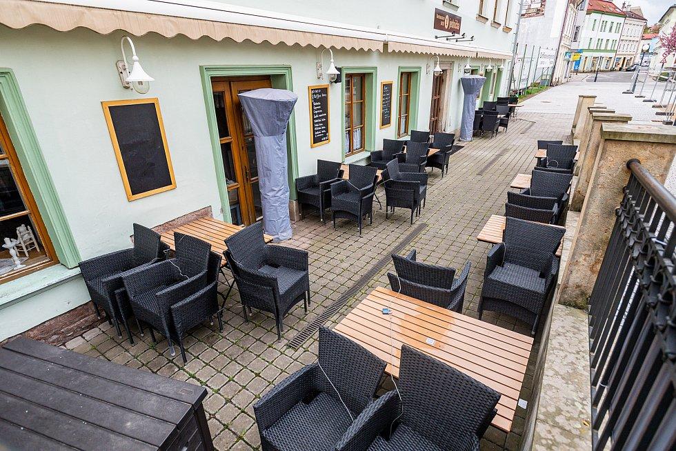 Restaurace Jednička v centru Trutnova.