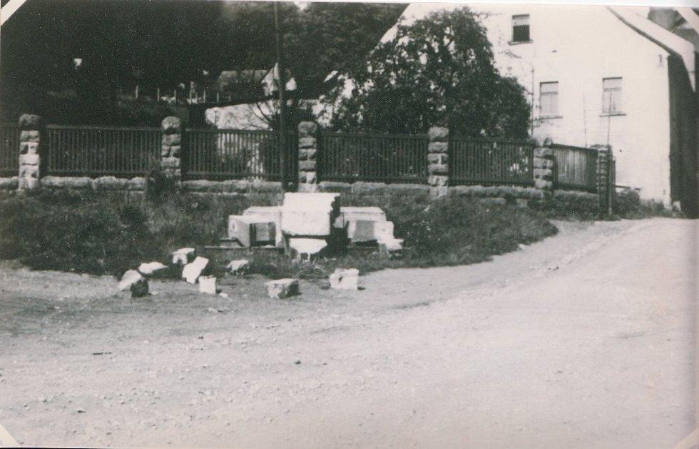 Kamenný kříž v Rudníku byl zničený po druhé světové válce.