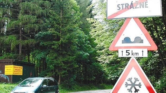 Strážné - silnice