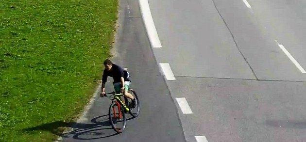 Krádež kola za necelých 100tisíc korun