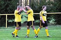 SEDMKRÁT v sobotu slavili gól v soupeřově síti fotbalisté Dolní Kalné. Tentokrát jejich choutky odnesl tým Valdic.