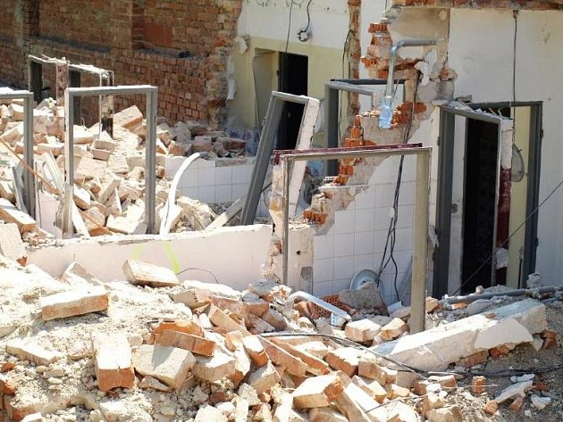 HOSPODA U PRĎOLY už nefunguje. Při rekonstrukci, která v létě začala, vznikne multifunkční centrum.