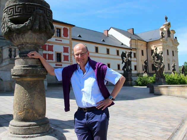 Andreas von Busch v Kuksu
