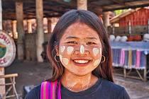 Výstava Miloše Šálka Putování Barmou se uskuteční od 22. září ve výstavním prostoru Městského úřadu Trutnov.