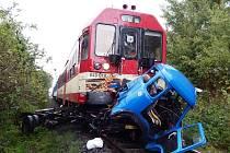 Nehoda Avie s rychlíkem u Turnova