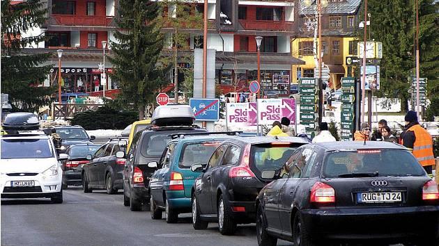O dopravní situaci ve Špindlerově Mlýně se  starají i místní hasiči