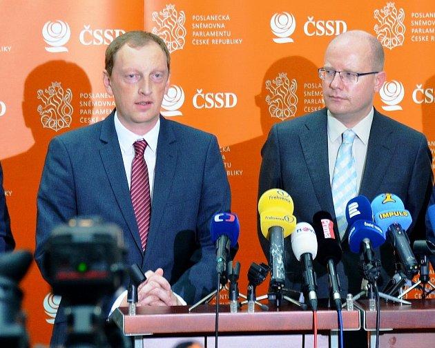 Robin Böhnisch (vlevo)