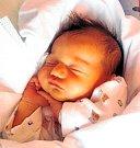 VIKTORIE MÁRIA JÍROVÁ se narodila 11. února v 6.34 hodin rodičům Petře a Tomášovi. Vážila 3,35 kilogramu a měřila 50 centimetrů. Bydlí v Trutnově a má brášky Matyáška a Kubíčka.