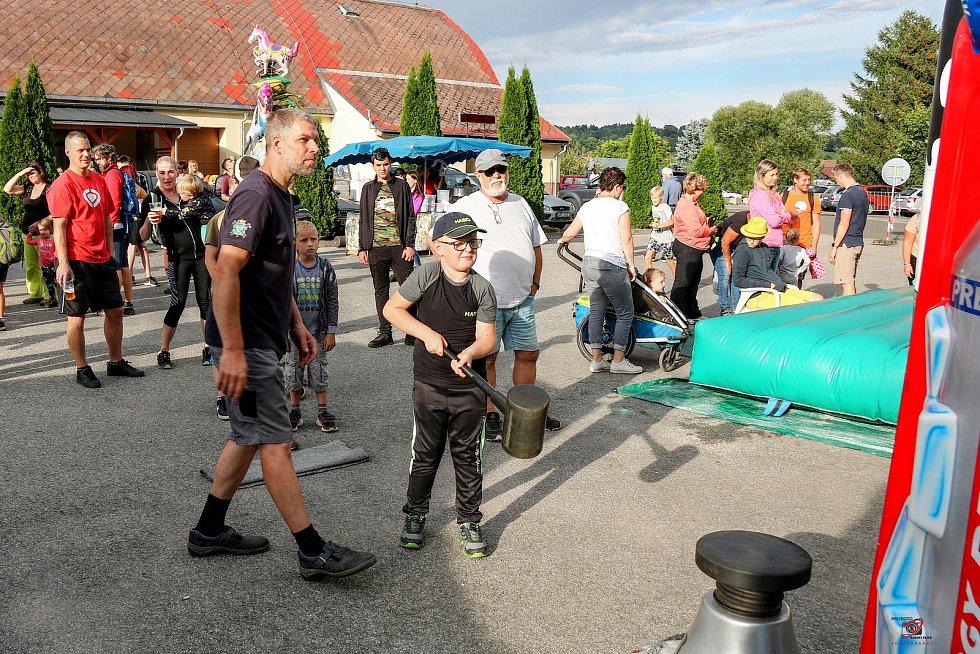 V Mladých Bukách se konaly tradiční Witanovského slavnosti.