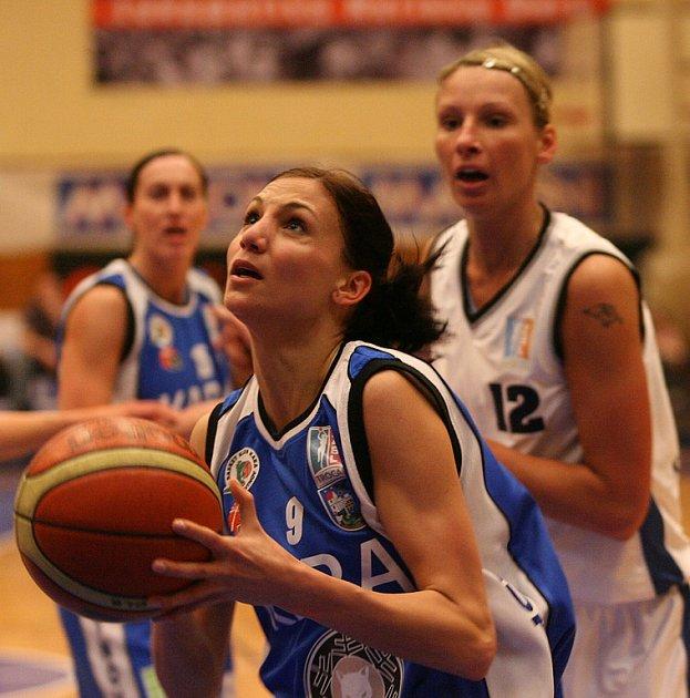 BK Lokomotiva Karlovy Vary - Kara Trutnov, Trocal ŽBL.