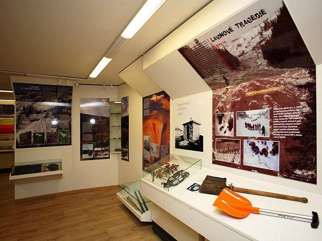 LAVINY V KRKONOŠÍCH se staly námětem pro novou stálou expozici, která byla umístěna do Informačního centra Správa KRNAP v Obřím dole.