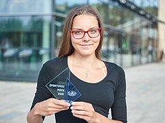 Vyhlášení nejlepších sportovců trutnovské Lokomotivy za rok 2016, výškařka Lada Pejchalová
