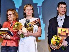 Nejlepší sportovci Vrchlabí za rok 2016: zleva Karolína Erbanová, Lucie Charvátová a Michal Krčmář
