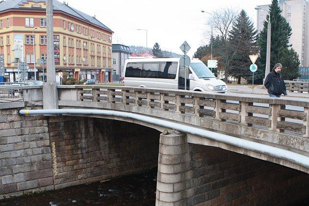 Špitálský most v Trutnově.