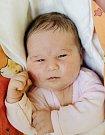 ADÉLA NOVOTNÁ se narodila Daně a Tomášovi 7. května v 6.05 hodin. Vážila 3,9 kilogramu a měřila 53 centimetrů. Doma v Hrabačově už čeká i bráška Adámek.