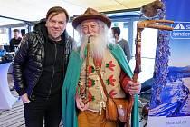 Při Špindl SkiOpeningu se promítal za účasti známých tváří nový film Jiřího Vejdělka Poslední aristokratka.