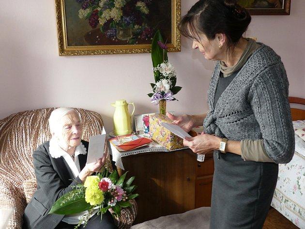 Julie Svobodová oslavila 100.narozeniny