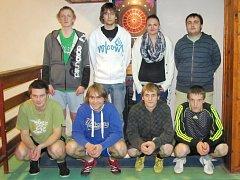 Vítězný tým pilotní soutěže v sálové kopané Lumírkovy děti Úpice
