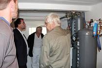 NOVÁ STANICE na výrobu medicinálních plynů vyrostla v královédvorské nemocnici během loňského roku.