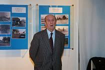 V Městském muzeu ve Dvoře Králové nad Labem byla zahájena nová výstava fotografií dokumentující proměny města.