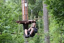 Šplhej, přejdi, skoč! Lanový park v Janských Lázních láká