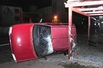 Nehoda Citroenu v Trutnově