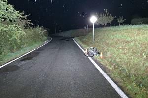 Ze soboty na neděli 30. srpna půl hodiny po půlnoci havaroval na kole v obci Litíč cyklista, který skončil v silničním příkopu. Měl 1,96 promile.