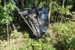 Mezi Radvanicemi a Chvalčí havaroval šofér, který neměl řidičák a byl pod vlivem alkoholu.