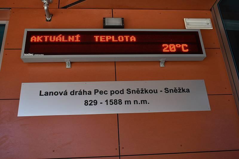 Lanová dráha Sněžka se připravuje na středeční zahájení provozu.