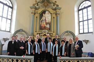 Oltářní obraz je vysvěcen, vystoupil i Jan Čenský.