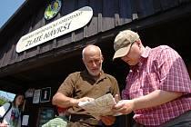 Mezi informační centra Správy KRNAP patří i srub na frekventovaném Zlatém návrší.
