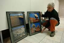 Přes tři desítky fotografií nabízí současná výstava Zbyňka Šance nazvaná Přírodní parky USA. Včera byla zahájena ve výstavních prostorách trutnovského městského úřadu.