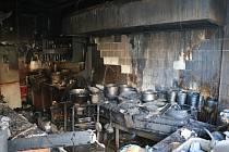 V Trutnově v centru města vyhořela v sobotu asijská restaurace. Požár zavinila nedbalost.