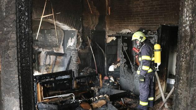 Požár bytu ve Dvoře Králové