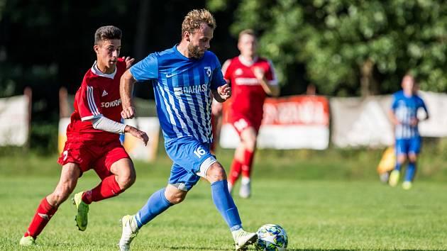 Loni v srpnu se spolu fotbalisté Chlumce a Libčan utkali v 1. kole MOL Cupu. V jarním AGRO CS Poháru KFS se nepotkají.