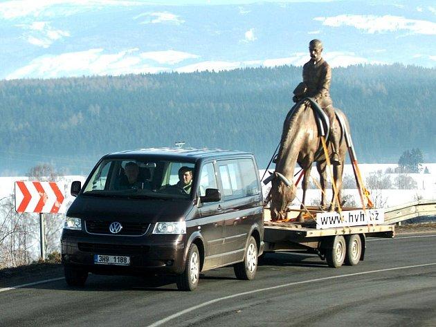 Převoz sochy T. G. Masaryka z Horní Kalné do Prahy