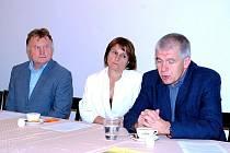 Tisková konference petiční iniciativy Kutná Hora město vysokoškolských studií. (zleva: Karel Koubský, Michaela Šojdrová a Ivo Šanc)