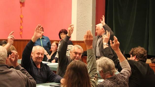 Ustavující zasedání zastupitelstva se konalo v obci Chlístovice
