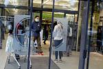 Méně vozíků, fronty žádné. Obchodní domy na Kutnohorsku nová omezení zvládají.