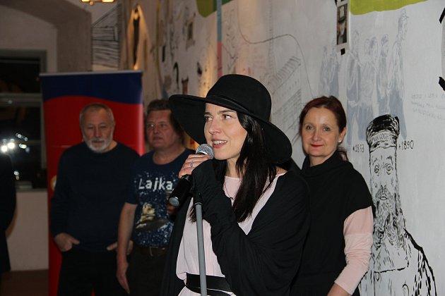 Aurel Klimt zahájil výstavu Lajka.