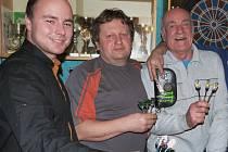 Na snímku trojice, která odjela k utkání -  Marek Snížek, Josef Hejl a Oldřich Žižlavský. Za čtvrtého hráče odevzdali Zručáci domácím čtyři body bez boje.